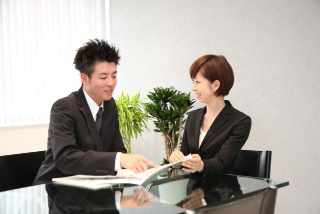 マンスリーマンションに保証人は必要?借りる前に知りたい契約条件